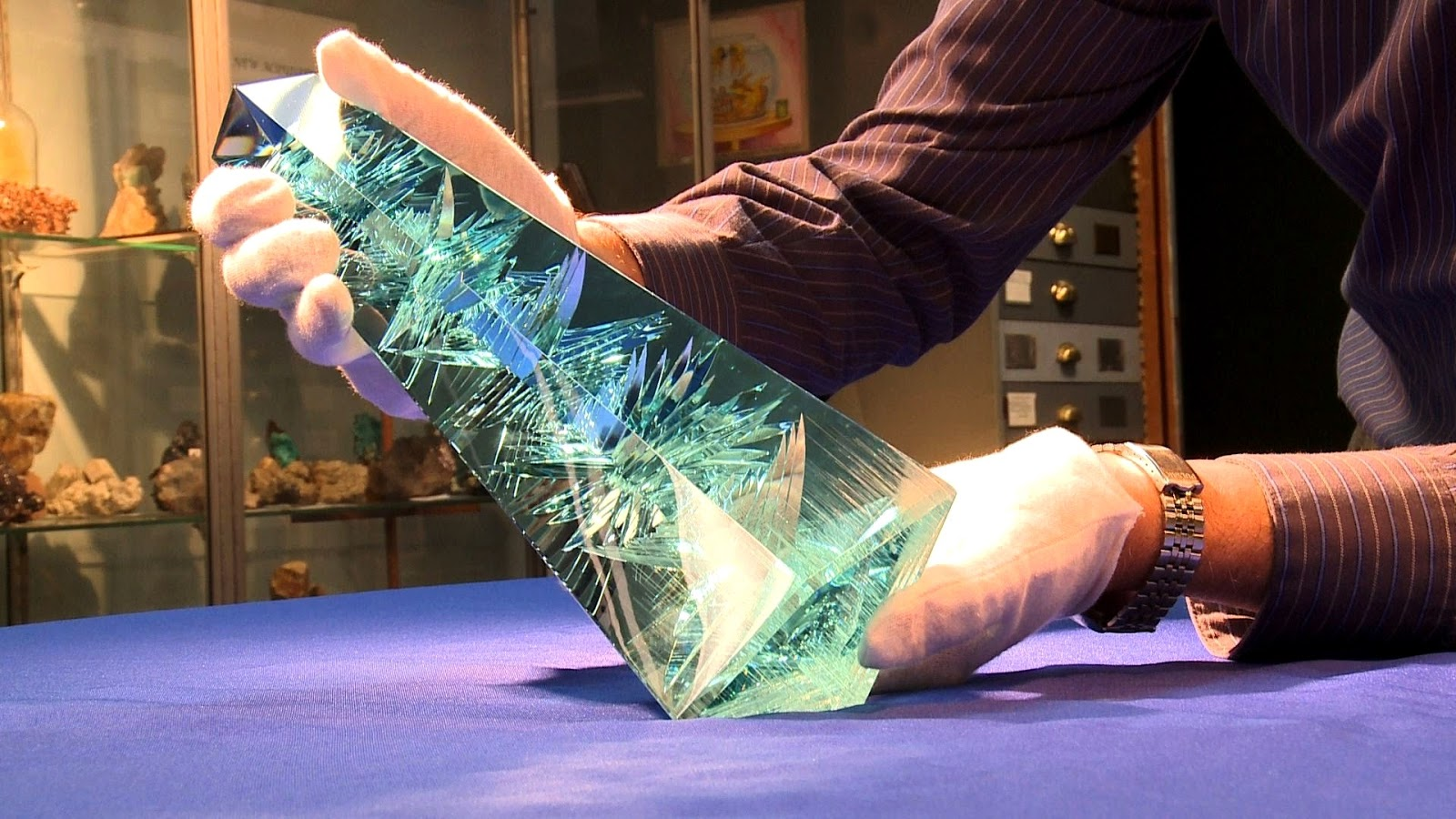 The worlds largest cut Aquamarine - Natural History Curiosities